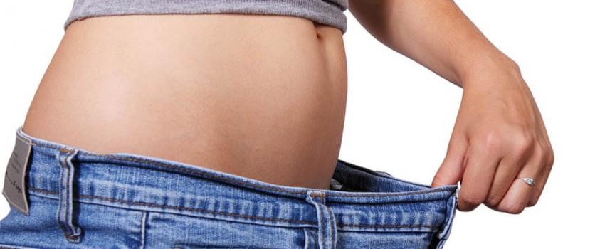Einen flachen Bauch in kurzer Zeit bekommen – so klappt es!